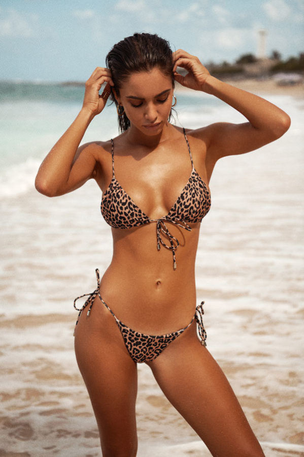 Cece bikini set is the newest edit to our Leopard Luxe Collection. This versatile top is tied in a bow at the front of the suit.